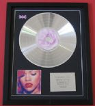 RIHANNA - Loud CD / PLATINUM LP DISC
